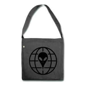 hacker-alien-aus-dem-weltraum-schultertasche-aus-recycling-m